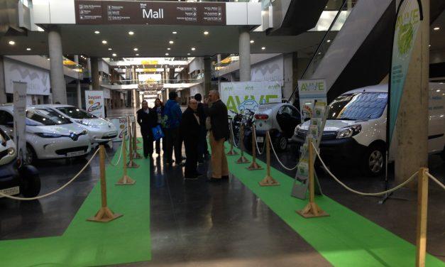 La Asociación Valenciana del Vehículo Eléctrico (AVVE) promueve el «I Foro de ecológicos» en la Feria del Automóvil de Valencia