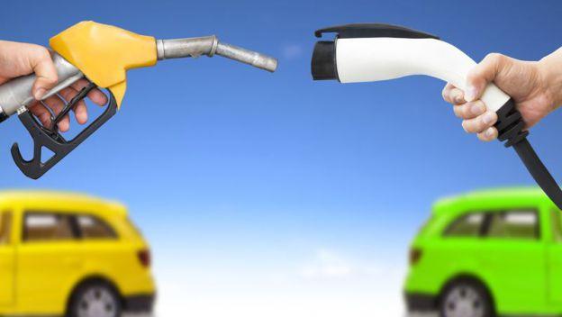 Italia quiere pasar de la cola al liderado de ventas de coches eléctricos en Europa. Objetivo, 1 millón de coches hasta 2020 y 10.000 millones de euros en ayudas