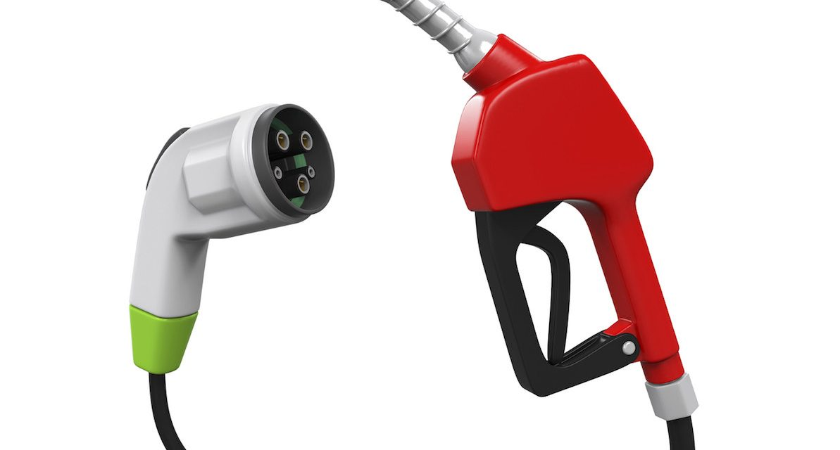 Comparativa coche eléctrico vs coche combustión