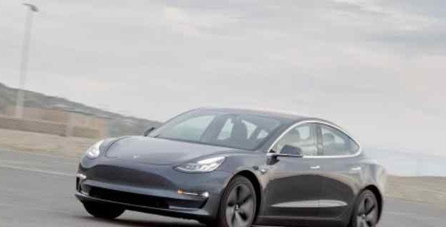 Una prueba de conducción eficiente del Tesla Model 3 logra 830 kilómetros de autonomía con una carga