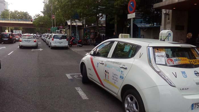 A partir de 2018 los nuevos taxis de Madrid tendrán que ser ecológicos