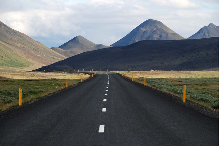 Islandia instala más de 20 estaciones de carga rápida de ABB a lo largo de su Route 1
