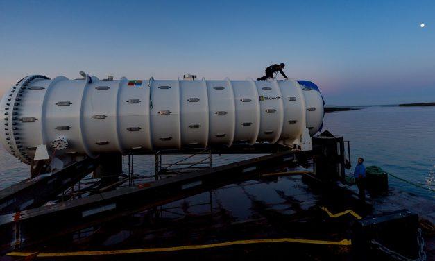 Microsoft acaba de meter en el fondo del océano un centro de datos de 864 servidores que sólo utiliza energía renovable