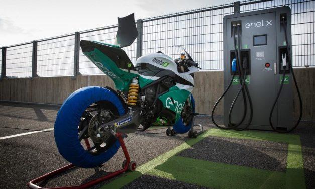 Las motos eléctricas están en auge: Energica ha doblado sus ventas tras la inversión en MotoE