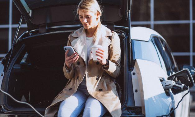 Vacaciones con tu vehículo eléctrico. Todo lo que debes saber.